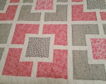 Pink & Gray Garden Fence Baby Quilt