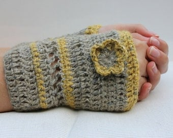 crocheted gloves, fingerless gloves, wristwarmer, gift idea