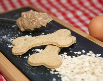 Peanut butter and oat dog treats
