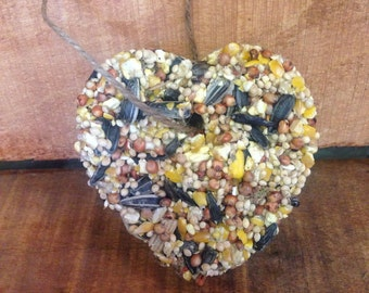 50 Medium Heart Wedding Birdseed Favors