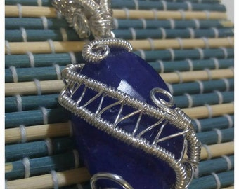 Silver plated copper pendant with Sapphire from 3 cm root and Freshwater Pearl