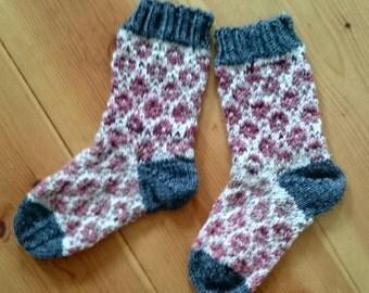 Children's socks circles