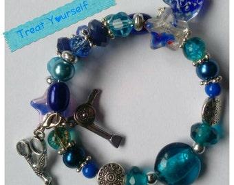 Hairdresser/Hairdressing themed wrap charm bracelet.