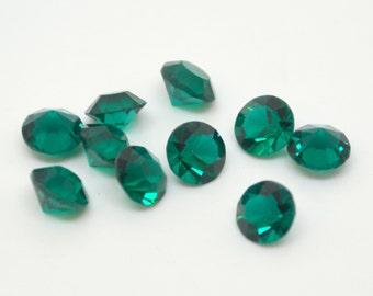 May - Emerald green - Birthstone - Emerald - Dark green - Family necklace - Olfee - Diamond Shape - May stone - May birthstone - Acrylic
