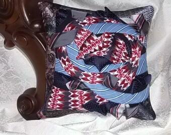 Collaborative decorative cushion