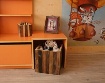 """Reclaimed Wood Storage Box,10""""x10""""x10""""in 25cmx25cm25cm,Toy Storage-,Handmade Reclaimed Wood Box,Rustic Decor,Organizer,Wooden Storage Box"""