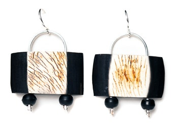 purse style earrings