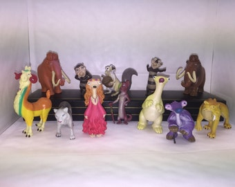 Mister A Gift ICE AGE set of 12 plastic Cake Toppers