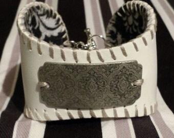 Baseball cuff bracelet, baseball jewlery, baseball bracelet, baseball mom