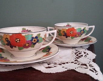 Art Deco Two Handled Soup & Saucer (2)