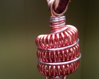 Coiled wire pendant