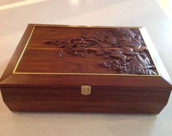 Handmade Wooden Walnut Wine Box with Carving