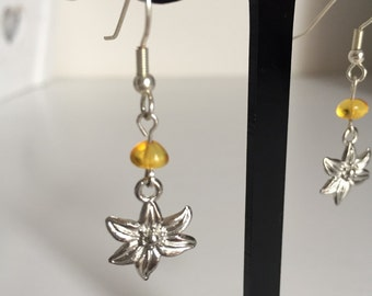 Honey Amber Flower Earrings