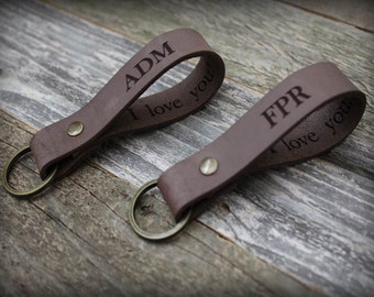 Custom Personalized Keychain - Leather Keychain - Valentines Gift - Gift for Mom - Gift for Dad - Anniversary - Gift for Boyfriend -Men Gift