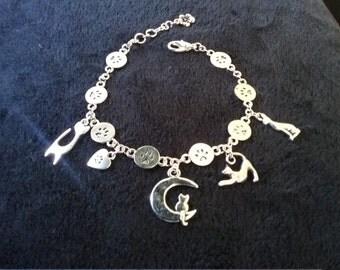 Silver Paw Prints & Cats Charm Bracelet
