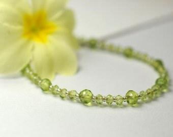 Peridot gemstone necklace