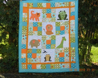 Adorable Baby Quilt/Wall Hanger with animals