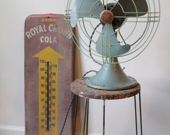 Awesome Vintage GE Vortalex Fan with cloth cord and 10 inch blade 1950's