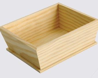 Basket, decoupage, cm 18x15x6, wooden