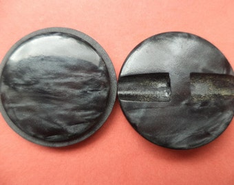 7 dark grey buttons 23mm (1931) grey