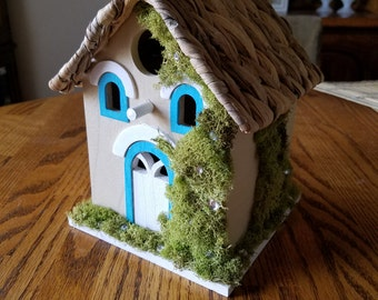 Little House on the Prairie Bridhouse