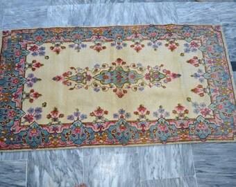 Vintage Handmade TURKISH Carpet Rug Size 4.98 x 2.62