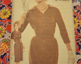 1970 Advance #3044   Uncut size18