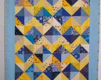 SUNNY SKIES  Cot Quilt