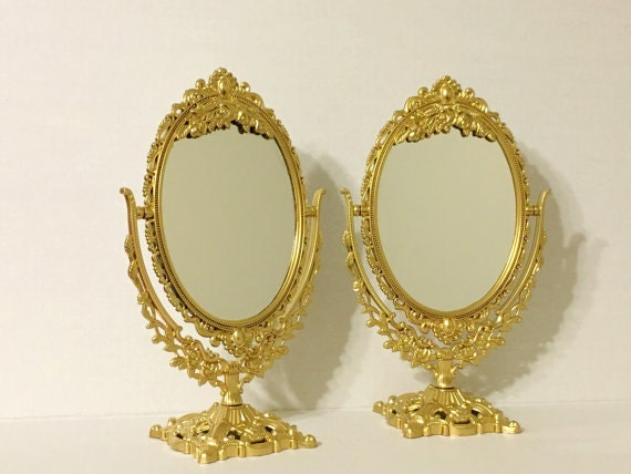 Set of unique table mirrors stunning by