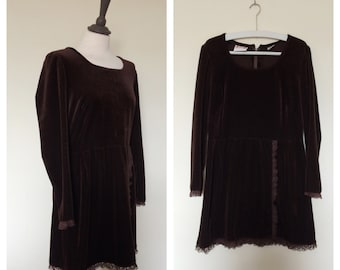 vintage. 1970s velveteen dress