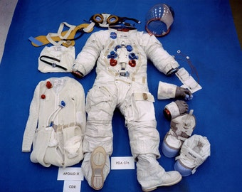 View of Apollo 11 Astronaut Neil Armstrong's Space Suit - 5X7 or 8X10 NASA Photo (BB-040)