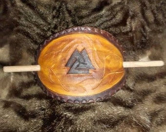 Barrette hair pattern Valknut
