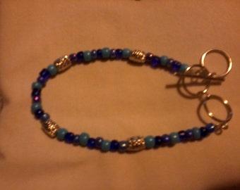 Blue adjustable bracelet