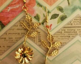Beautiful Handcrafted Flower Earrings!