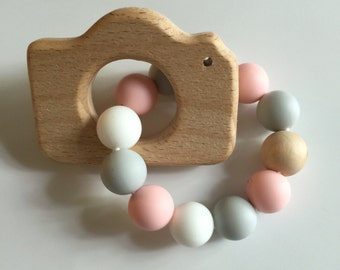 TEETHING FRIENDS-- Wooden Camera Teething Ring in Soft Pink; teether; Teething toy
