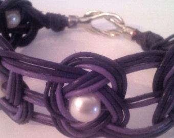 Set bracelet and earrings model Josephine