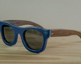 Wood sunglasses model New York, Blue sunglasses, Polarized lenses, Wooden Wayfarer sunglasses, Customizable