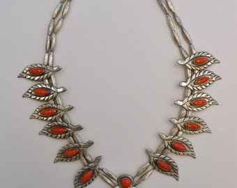 "ON SALE : Vintage Native American  Silver & Coral Necklace with ""Naja"" Pendant"