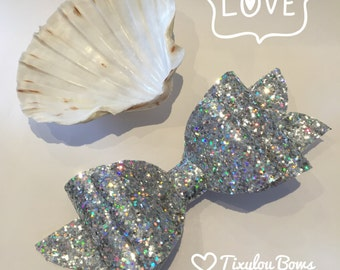 Handmade glitter hair bow in silver