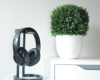 Custom Headphone Stand