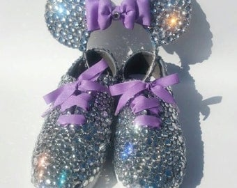 Matching Bedazzled Minnie Mouse Ears with a pair of shoes, Matching Minnie Ears and Shoes Set, Minnie Mouse, Minnie Ears, Bedazzled Shoes