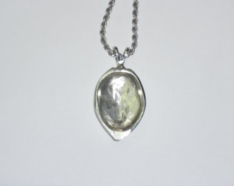 vulva vagina yoni  art jewelry Sterling silver closed vulva pendant