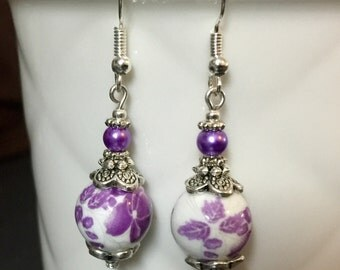 Vintage style earrings with porcelain beads