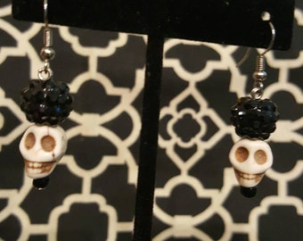 Black beaded White Skull drop earrings. Silver accent. Day of the Dead, DOTD, dia de los muertos, gothic