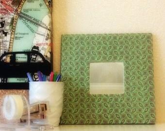 Mint Daisy Mirror, Gift