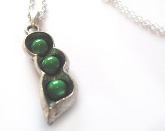 Peapod Charm Necklace 925 Sterling Silver CUSTOM MADE Womens Peas Pea Pod Three Peas in a Pod Mother's Day Gifts Mom Mother Family Children