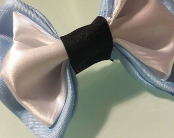 Bow tie inspired Alice in the Wonderland