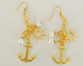 Anchor Earrings with ship wheel and pearls (Gold)