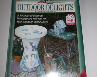 One Stroke Outdoor Delights - Handpainted Projects for Outdoor Living Space