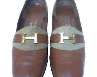 Hermes Gilt Logo Leather Pumps. 1970's.